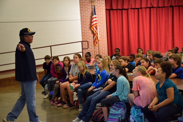 5th Graders Visited by Veteran
