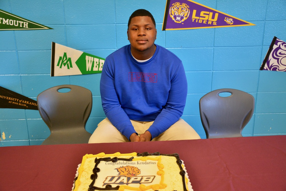 Clark Signs With UAPB