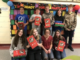 8th Graders Help Spread Christmas Cheer